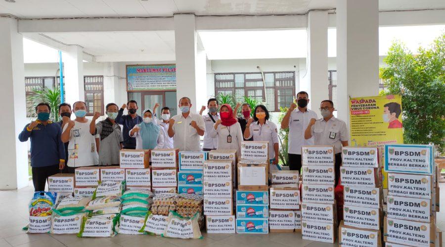 Penyaluran Bantuan bagi Korban Banjir di Kalimantan Tengah